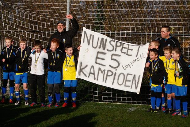 vv Nunspeet E5 – CSV '28 E22