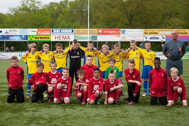 vv Nunspeet E1 – FC Twente E1